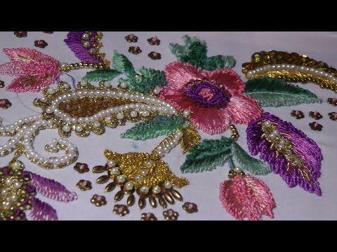 Dolce-Gabbana, vyshivka shelkom, zolotom i businami