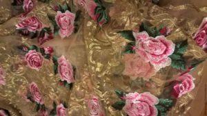 dolce-and-gabbana, roza vyshivka na setke