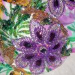 cvety-vyshitye-biserom-i-steklyarusom